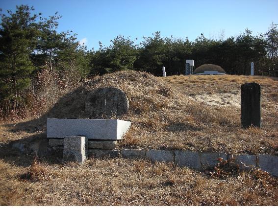 cemetery14-1.jpg