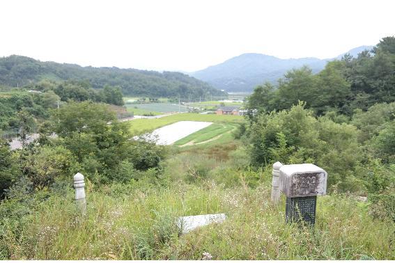 cemetery16-2.jpg