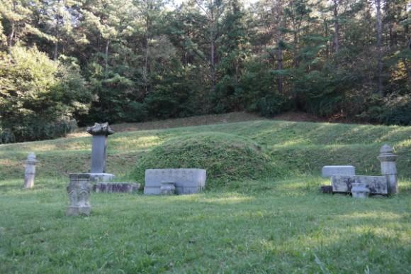 cemetery19-1.jpg