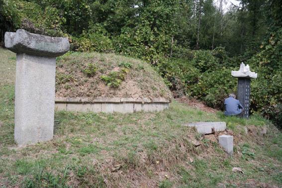 cemetery21-1.jpg