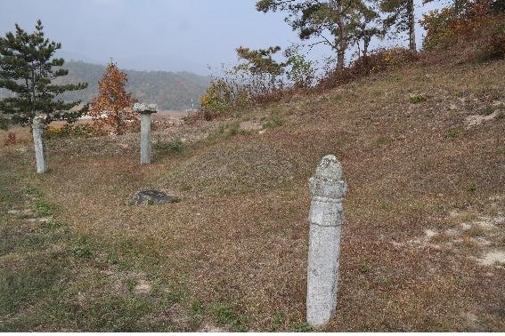 cemetery24-1.jpg