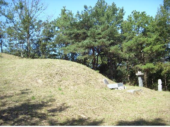 cemetery4-1.jpg